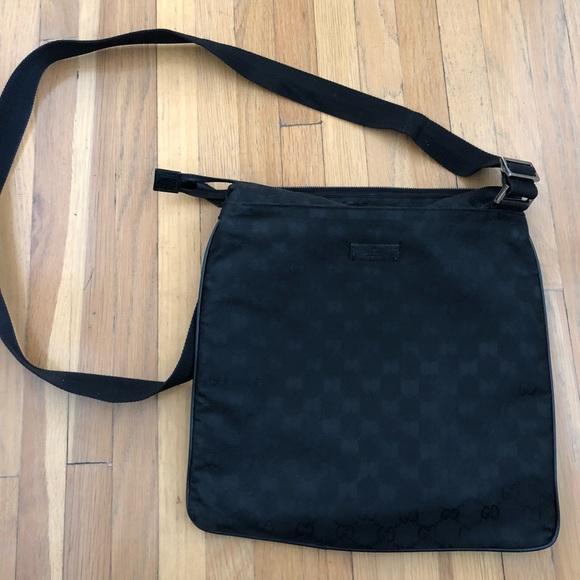 04596465db43 Gucci Bags | Black Messenger Crossbody Sling Bag | Poshmark